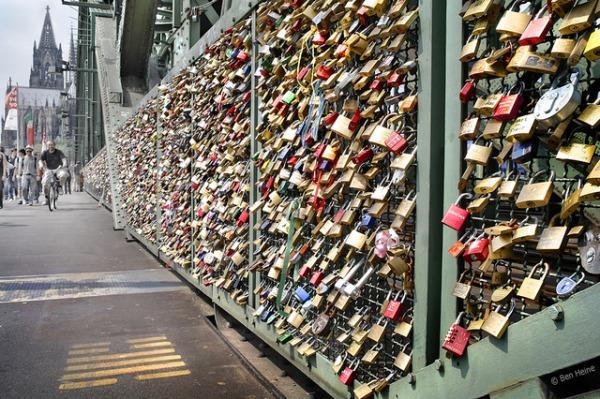 Szerelemlakat Kölnben